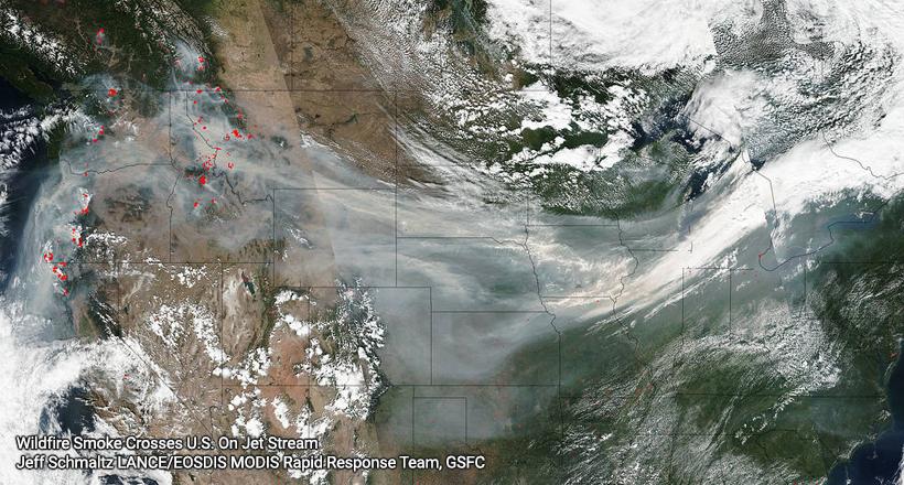 Wildfire smoke crosses U.S.